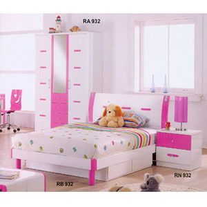 Youth Bedroom Set In Pink And White R932_ (DS) - More Than A ...